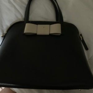 SMALL KATE SPADE BAG W/STRAP